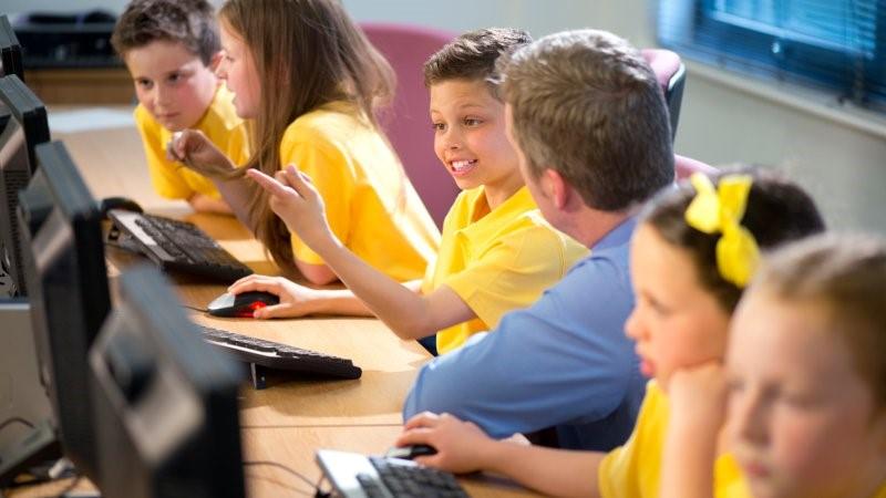 Computer activity in a primary school classroom.