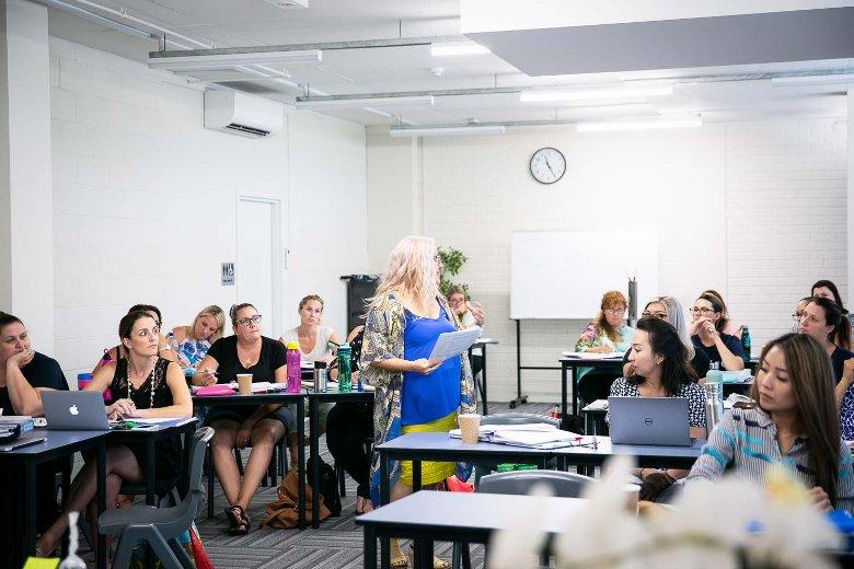teacher assistant training classes