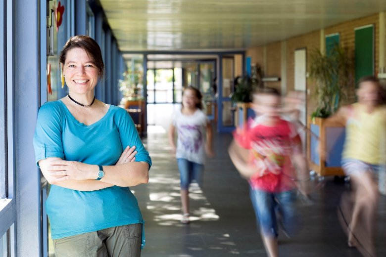 teacher aide recess and lunch duty